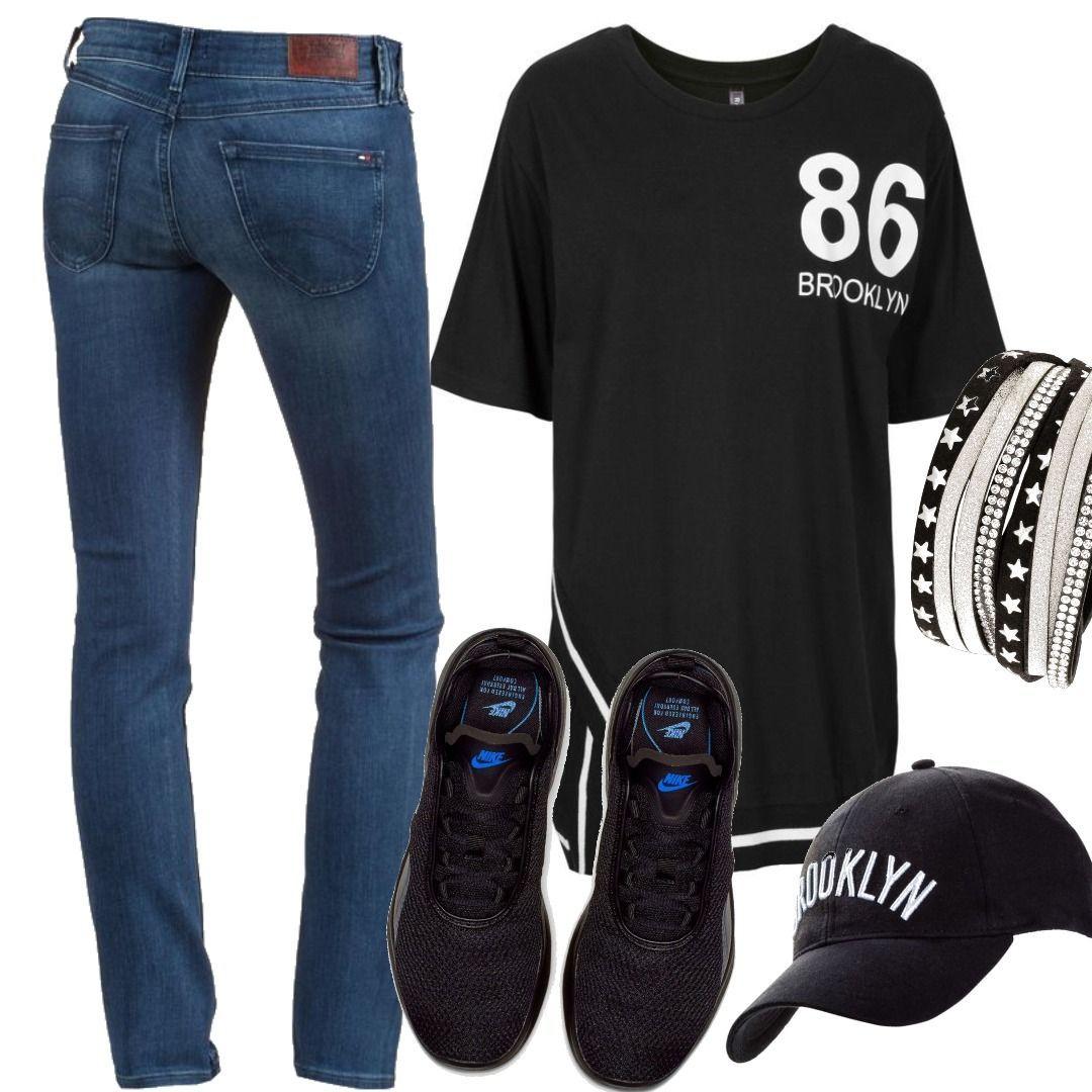 9aaac7f57a701e Tommy Jeans Sophie Skinny Fit Jeans Damen Sonstige Shirt mit Oversize-Schultern  3 4 Arm in schwarz für Damen von bonprix Women Outfit